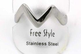Fingerring rustfri stål  V shape