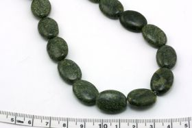 Russisk Serpentin oval 18x12 mm