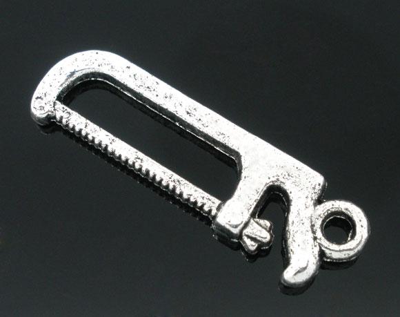Vedhæng værktøj 26x8 mm