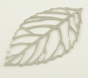 Vedhæng blad sølv farve 54x31 mm