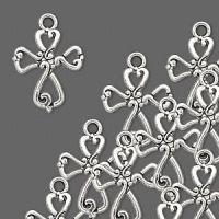 Vedhæng kors antik sølvfarvet