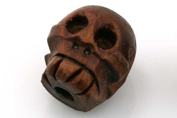 Skull i træ håndlavet