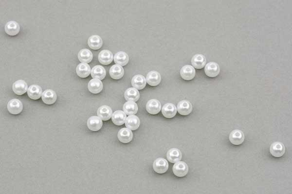 Acryl perler Bubblegum Hvid Perlemor 6 mm - ca. 100 stk