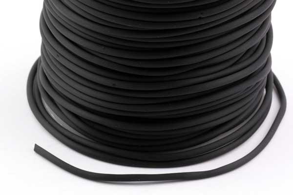 Gummisnøre 2 mm hul sort