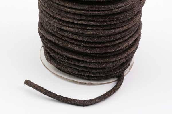 Lædersnøre mørkbrun 4 mm rå uden voks