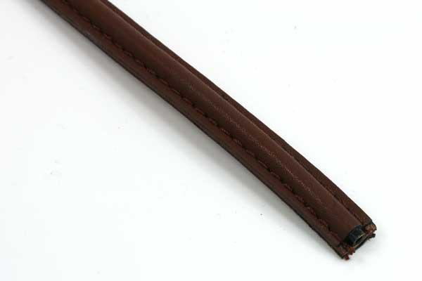 Imiteret lædersnøre mørk brun 10x5 mm
