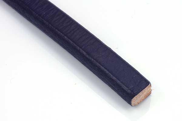 Lædersnøre regaliz lilla 10x6 mm