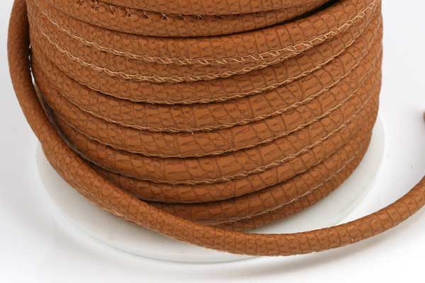 Imiteret slangeskind lys brun 4 mm