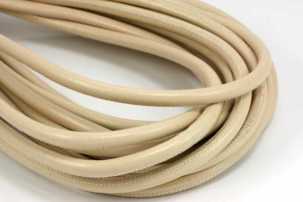 Randsyet læder 6 mm creme 1/2 mtr
