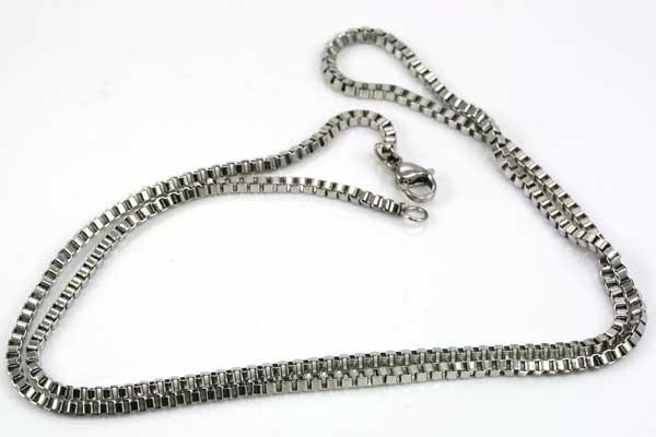 Rustfri stål box kæde 2 mm med lås